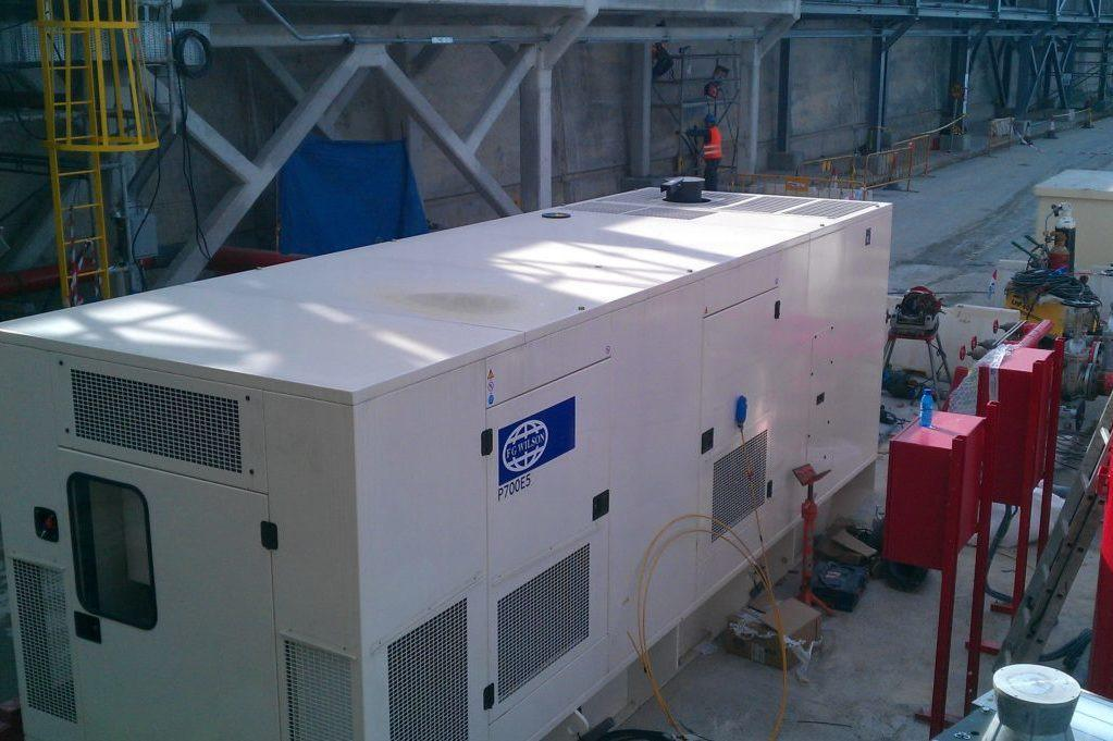 Refinería BP Catsellón 2 generador FG Wilson - Agresa